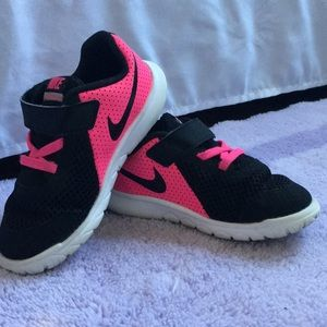 Nike Flex Toddler Shoes
